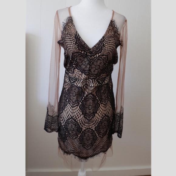 Stella Laguna Beach Dresses & Skirts - Stella Laguna Beach Lace Dress